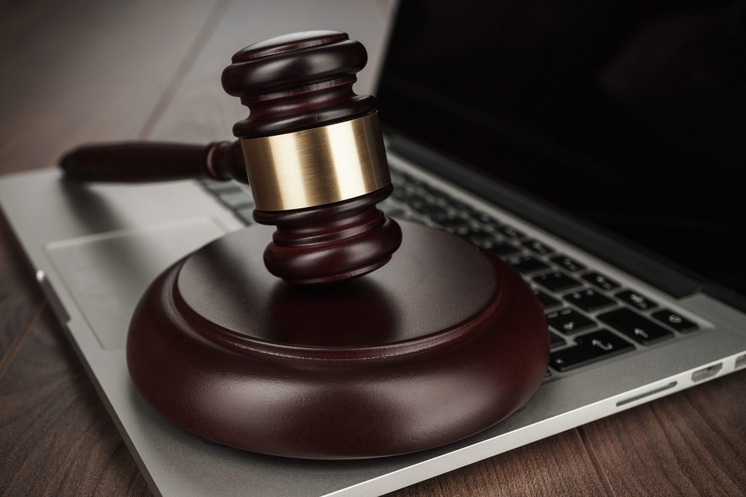 judge-gavel-on-laptop-concept-XKJBUE3(1)